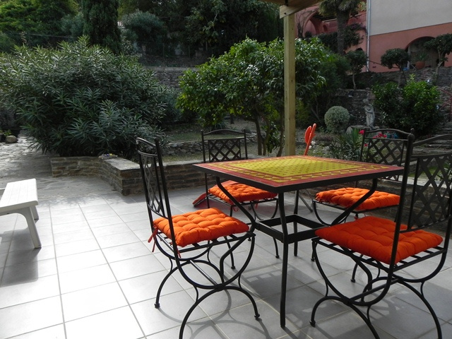 location studio 1 piece terrasse jardin internet wifi